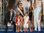 la famiglia Contaldo al completo con la miss Sara Catania e De Vita IMG_9815