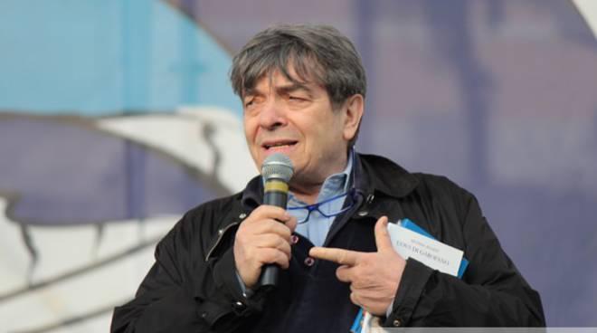 Marcello De Vito a Piazza del Popolo 03