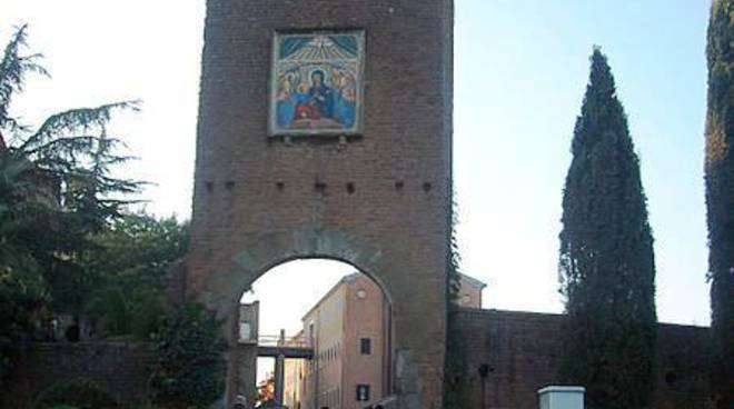 Santuario-Divino-Amore-La-Torre del Primo Miracolo
