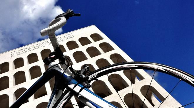 Roma un popolo di ciclisti