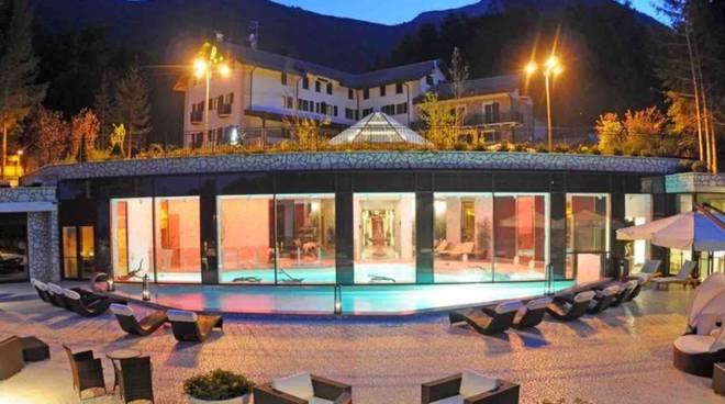 Valanga investe hotel Rigopiano