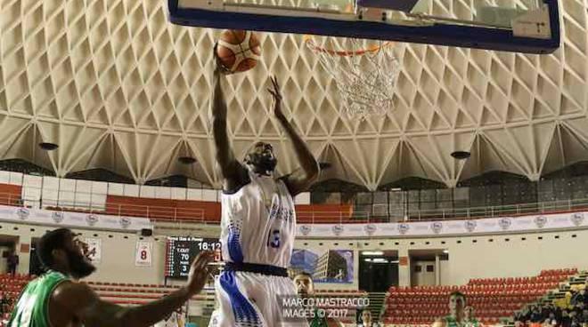 Basket Roma Gas & Power Roma vince contro Mens Sana - Easley