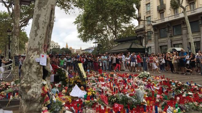 Barcellona dopo l'attentato. Foto di Katya Santis