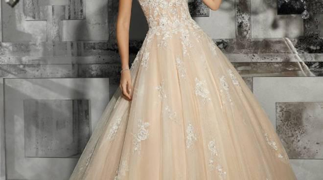 610e68c36586 roma sposa. Chi non ha sognato di essere una principessa almeno nel giorno  delle nozze  Largo alla fantasia