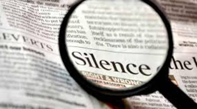 giornali silenzio