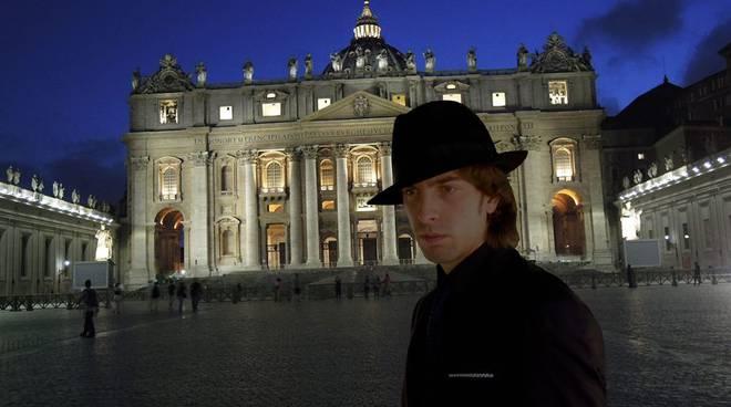 Alessandro-Serra-piazza-San-pietro-di-notte