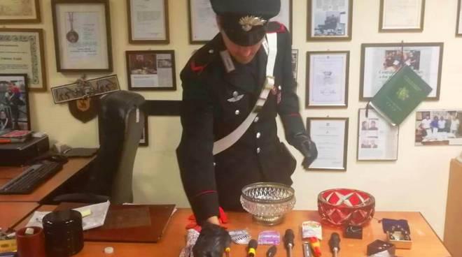 Carabinieri refurtiva