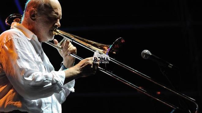 Marcello Rosa Sextet in concerto a Village Celimontana