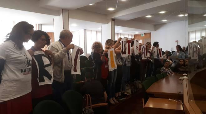 Protesta in aula