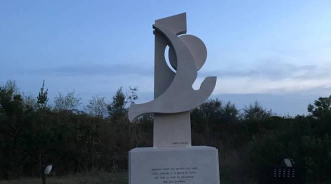Monumento a Pasolini all'Idroscalo