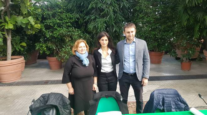 Virginia Raggi con Pinuccia Montanari e Daniele Diaco