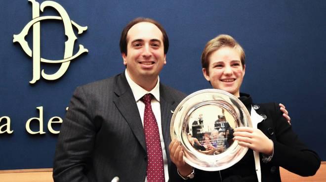 Gabriele Ferrieri - Presidente Nazionale ANGI consegna il Premio Leader Innovation Award a Bebe Vio