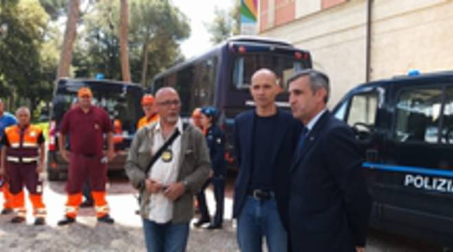 detenuti curano verde piazza Siena