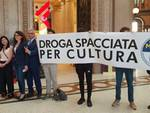 flash mob contro droga in libreria