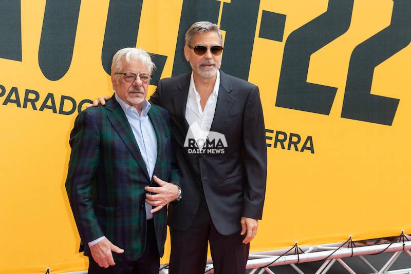 """George Clooney  presenta """"Catch 22"""" a Roma"""