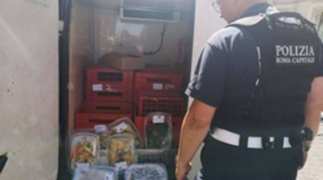 furgone cibo scaduto