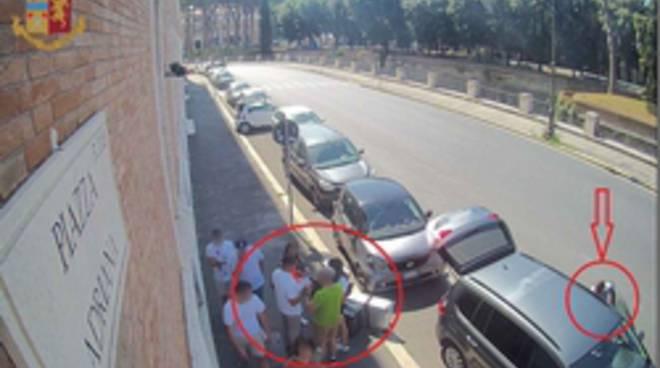 furto piazza adriana