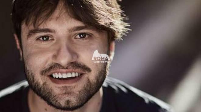 """Lorenzo Tiberia degli Actual diventa regista con \""""La Regina si addormenta dove vuole\"""""""