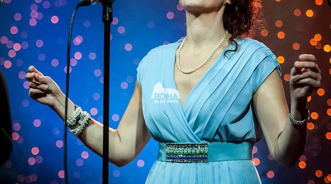 JULIE WAS HER NAME Monica Gilardi sings Julie London