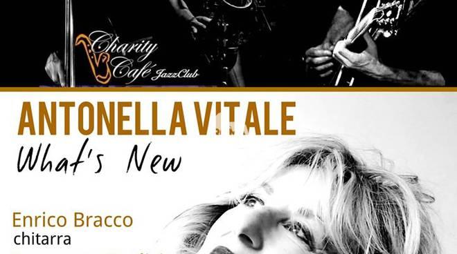 """Antonella Vitale \""""What\'s New\"""" in concerto al Charity Café"""