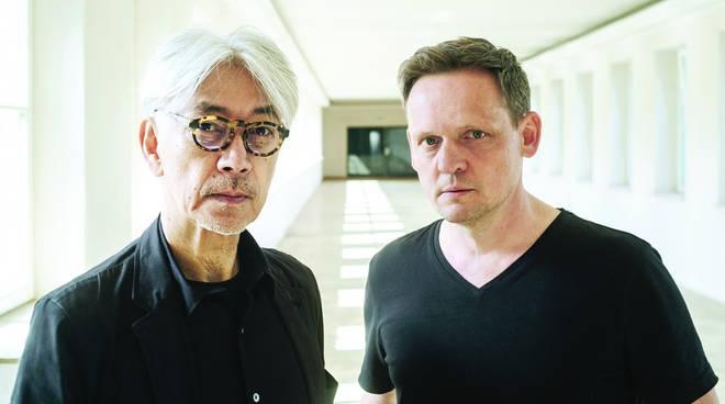 Sakamoto e Alva Noto