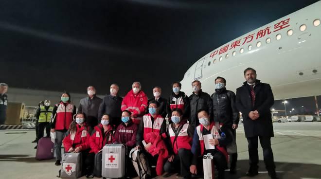 Coronavirus: aereo di aiuti dalla Cina