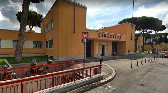 Stazione Metro Cinecittà
