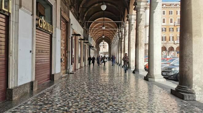 Portici Piazza Vittorio Emanuele II - RDN