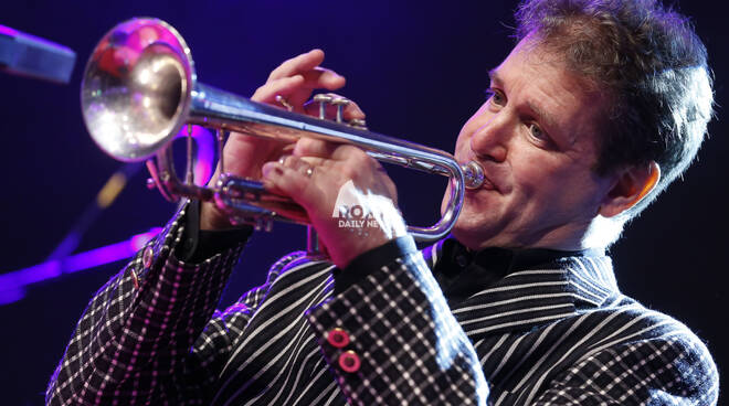 Michael Supnick & The Sweetwater Jazz Band in concerto a Village Celimontana