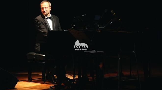 """Al Village Celimontana Brunch \""""Storia e Musica\"""" con Stefano Reali: la canzone romana"""