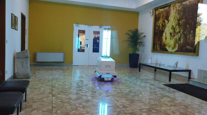 robot sanificatori