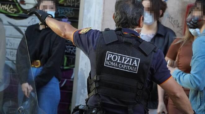 ROMA - Controlli San Lorenzo Polizia Locale