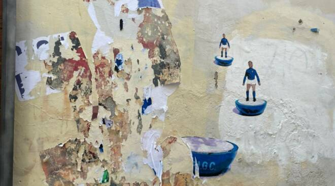 rimozione murales harry grab ritoccato da casapound